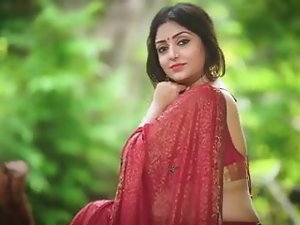 Hot Bengali girl with Cyclopean Figure