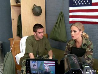 Military Newbie Nicole Aniston Has The brush Prime Fuck Down Point of departure With The brush Roommate
