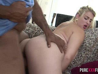 Consummate XXX FILMS Big housewife gets a affectionate creampie