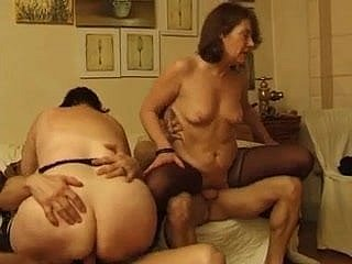 FRENCH Matured 28 anal mature overprotect milf younger men